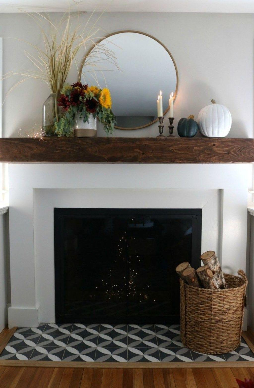Popular Fall Fireplace Decoration Ideas 30