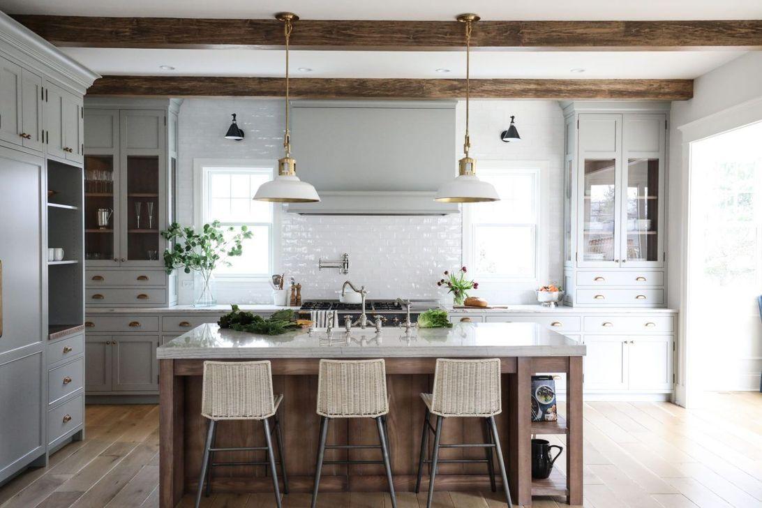 Popular Traditional Kitchen Design Ideas 04