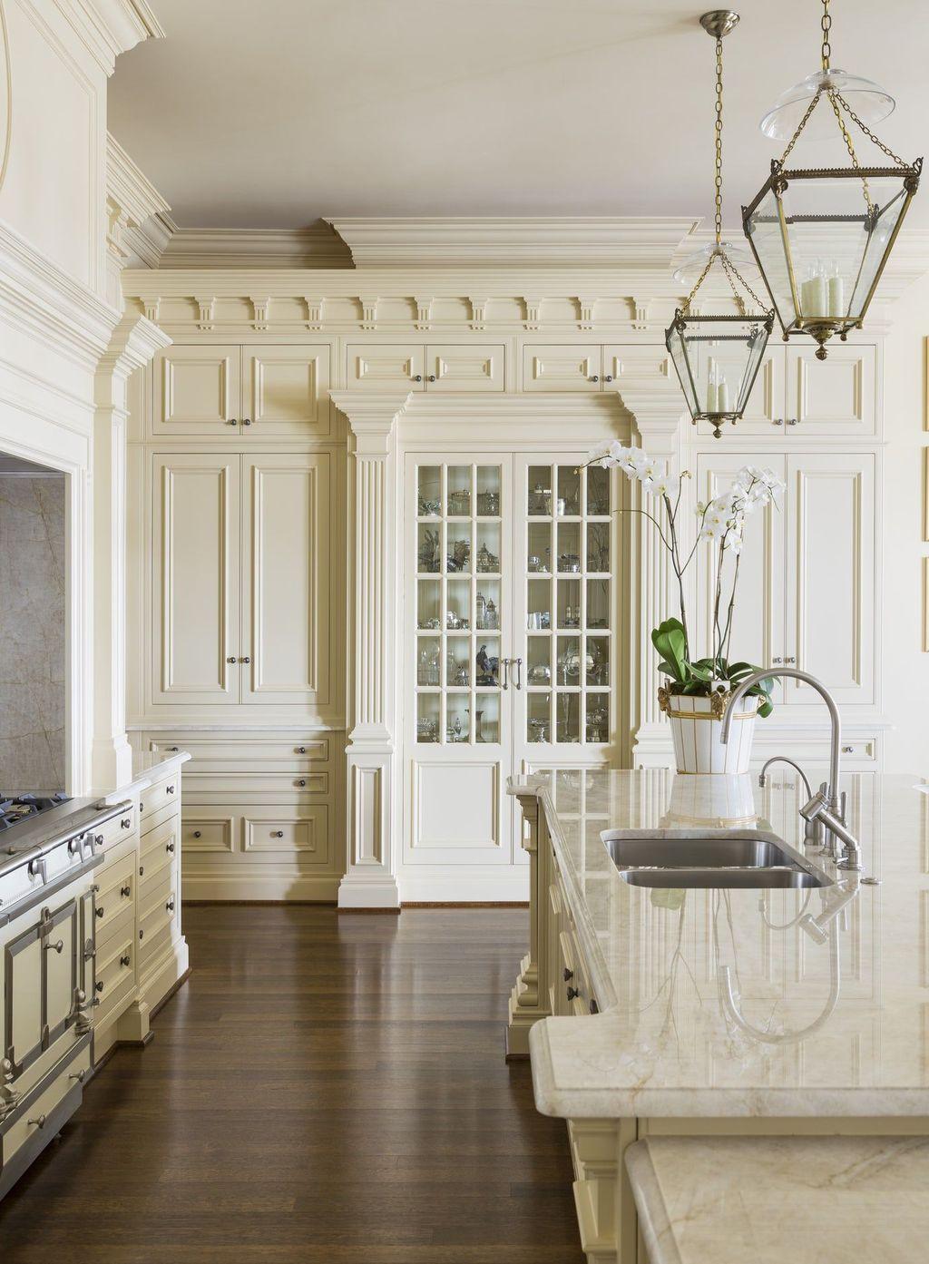 Popular Traditional Kitchen Design Ideas 09