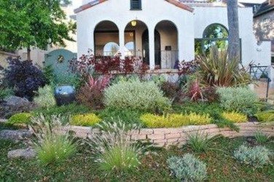Popular Xeriscape Landscape Ideas For Your Front Yard 02