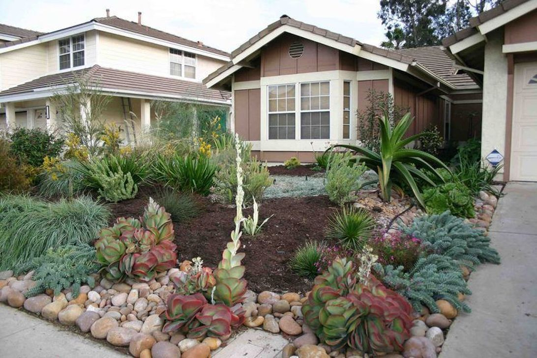Popular Xeriscape Landscape Ideas For Your Front Yard 13