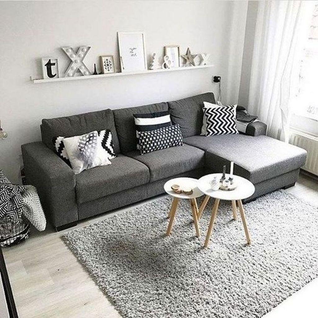 Stunning Farmhouse Living Room Decorating Ideas 04
