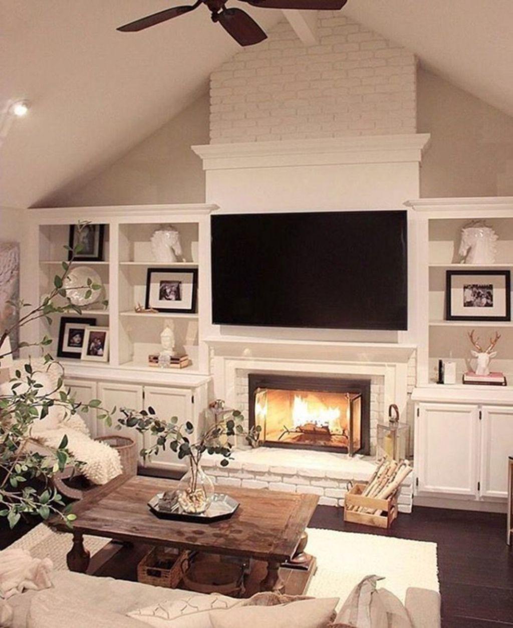 Stunning Farmhouse Living Room Decorating Ideas 15