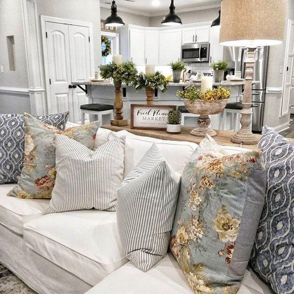 Stunning Farmhouse Living Room Decorating Ideas 26