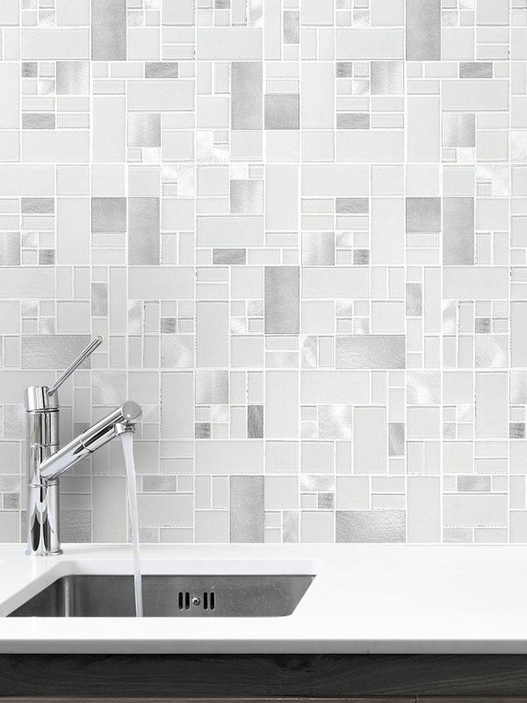 Stunning Glass Backsplash Kitchen Ideas 25