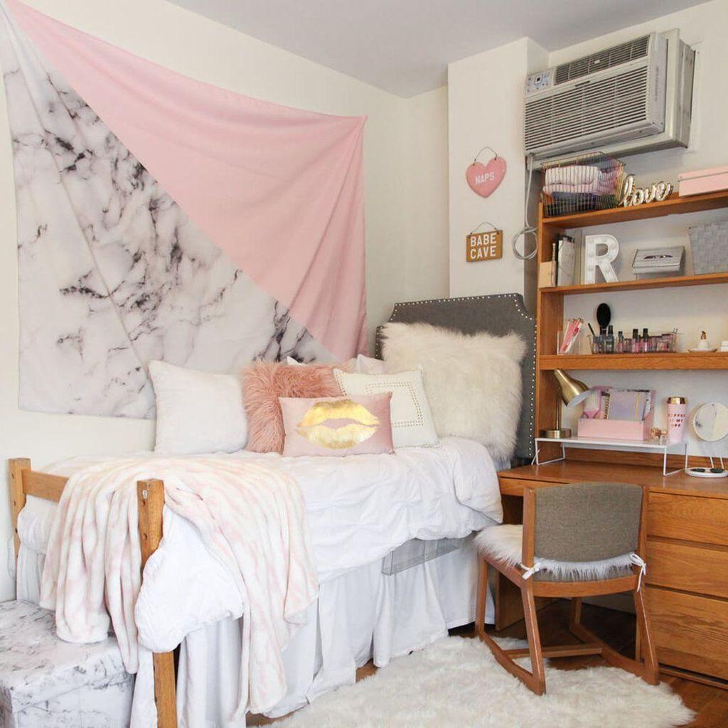 Stunning Marble Room Decor Ideas 11