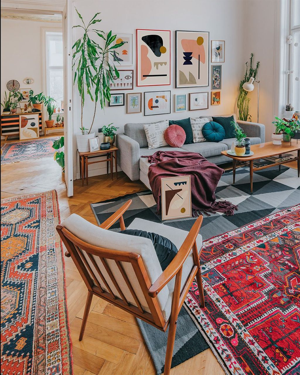 Stunning Mid Century Apartment Decor Ideas 08