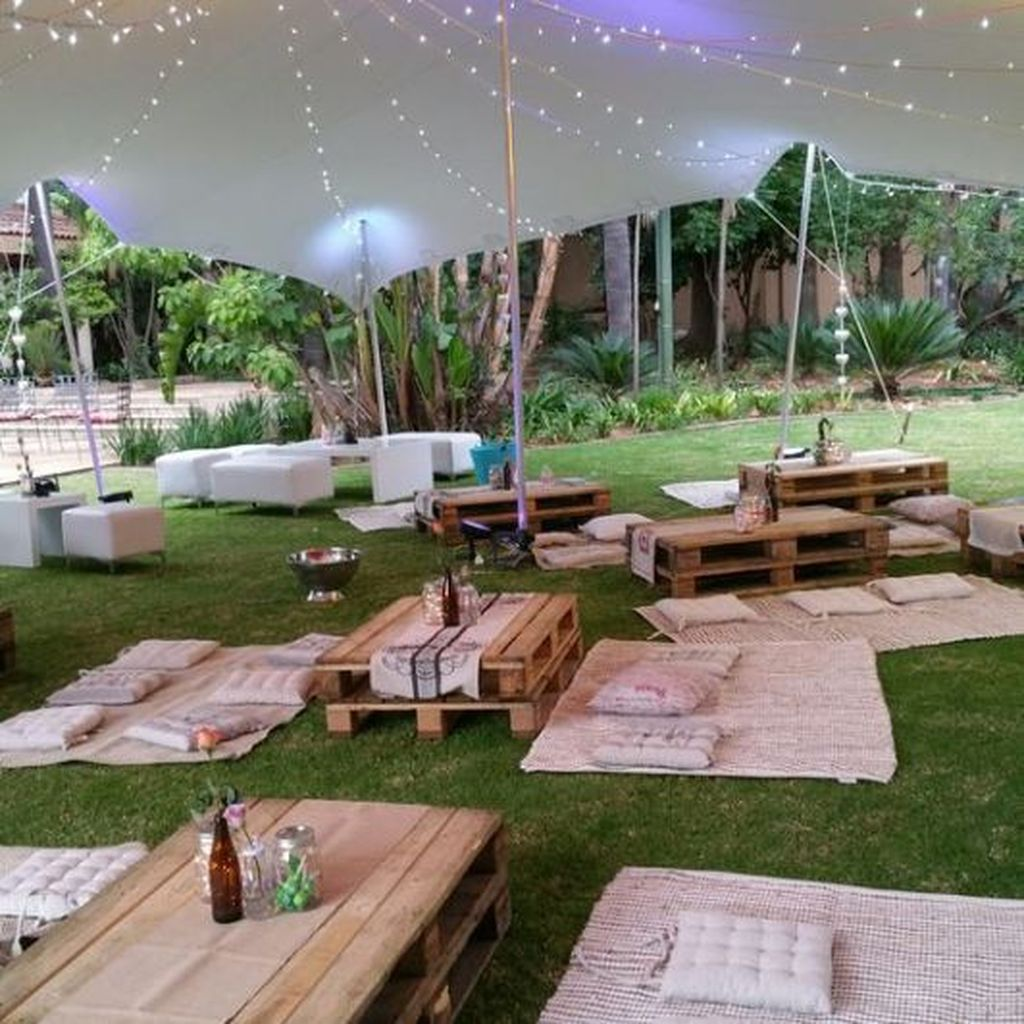 The Best Backyard Summer Party Decorating Ideas 31
