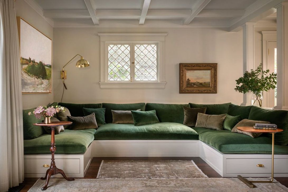 The Best Curved Sofa For Living Room Layout Ideas 13