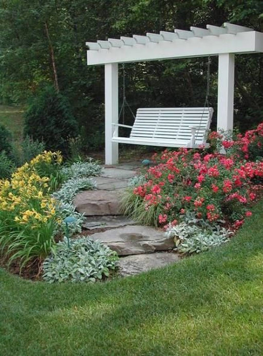 The Best Front Yard Landscaping Ideas Sitting Area 23
