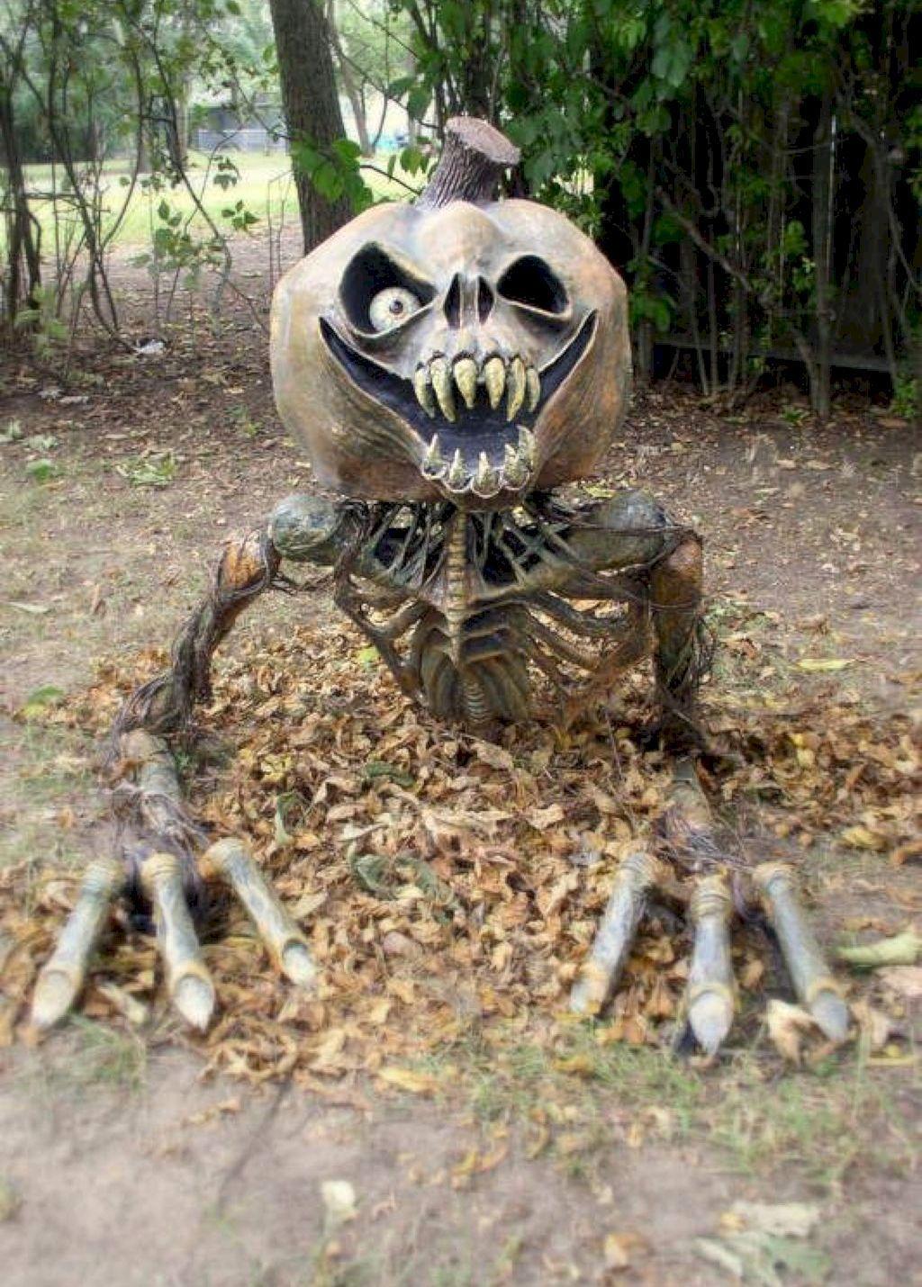The Best Halloween Garden Decor Ideas 03