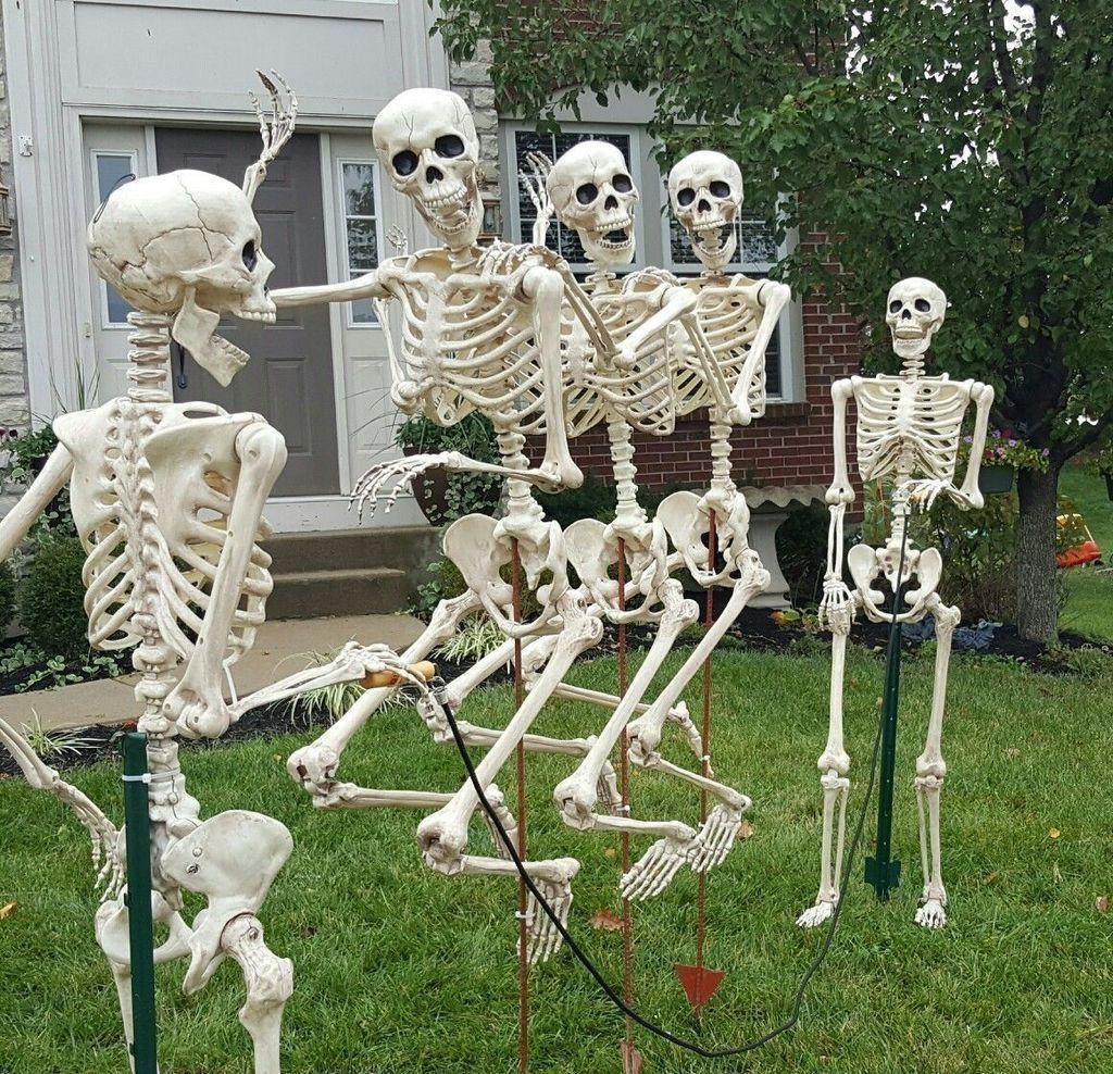 The Best Halloween Garden Decor Ideas 23