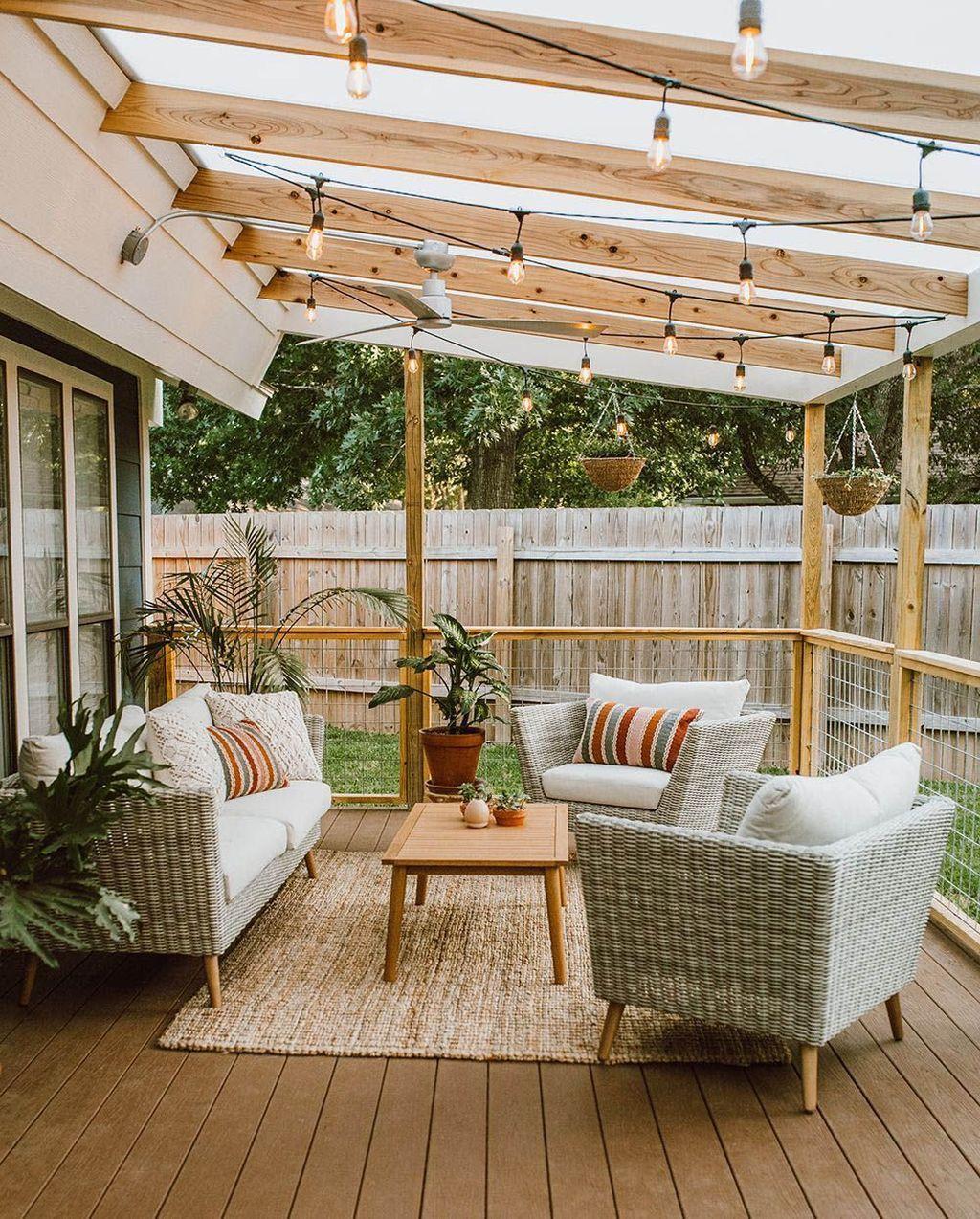 Wonderful Backyard Patio Design Ideas For Outdoor Decor 17