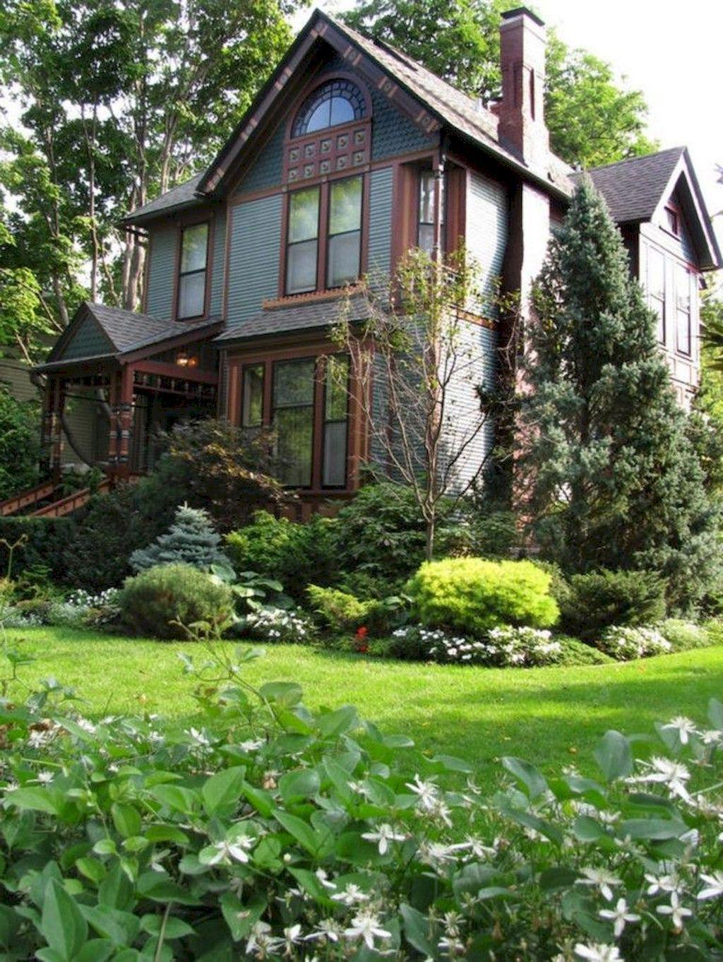 Wonderful Evergreen Landscape Ideas For Front Yard 06