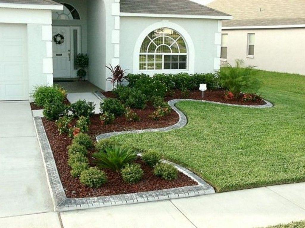 Wonderful Evergreen Landscape Ideas For Front Yard 21