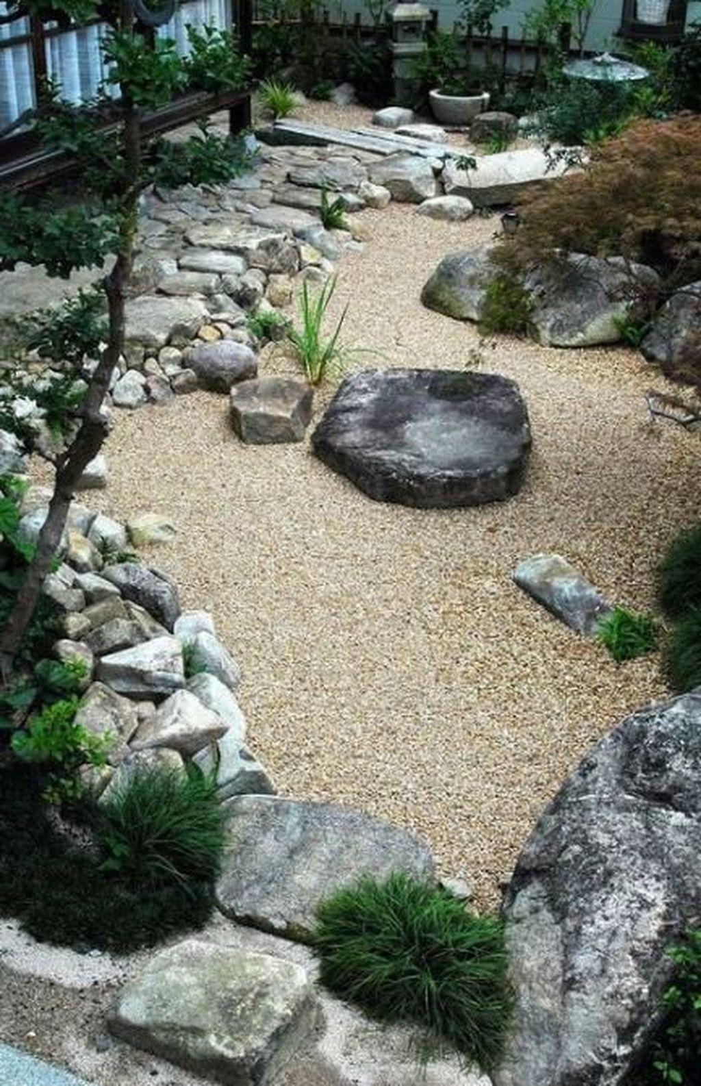 Wonderful Yard No Grass Design Ideas 09