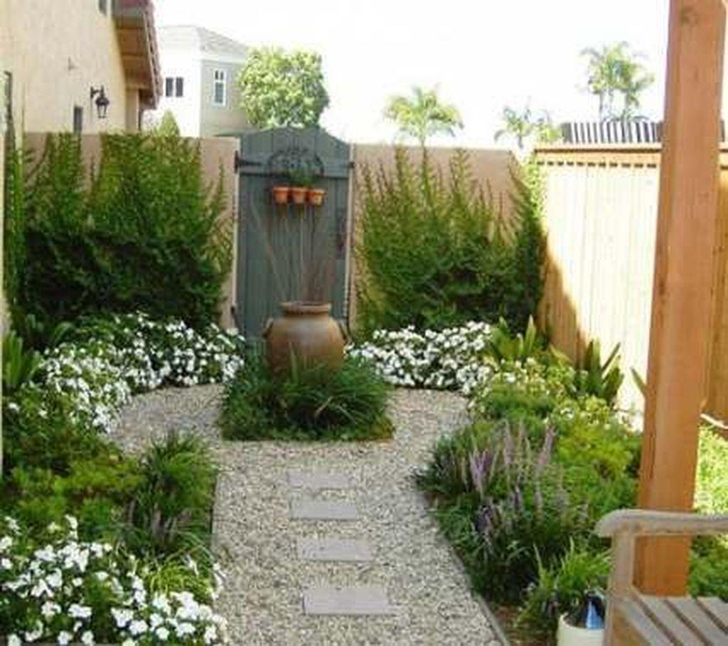Wonderful Yard No Grass Design Ideas 16