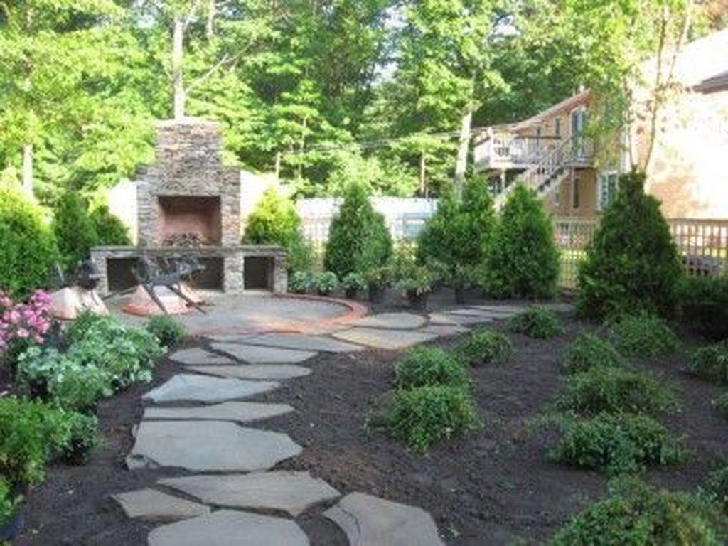 Wonderful Yard No Grass Design Ideas 18