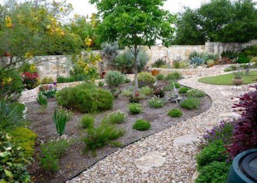 Wonderful Yard No Grass Design Ideas 32
