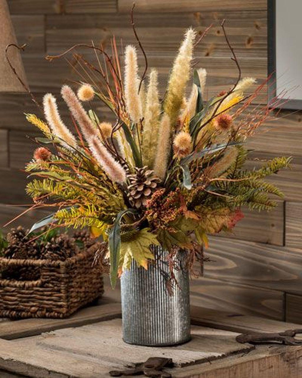 Beautiful Fall Flower Arrangement Design Ideas For Living Room Decor 09
