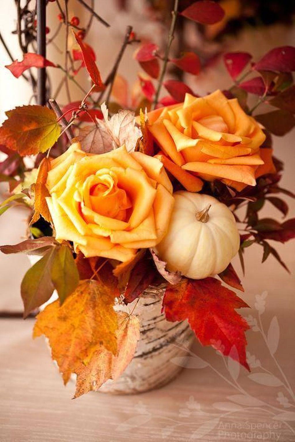 Beautiful Fall Flower Arrangement Design Ideas For Living Room Decor 10