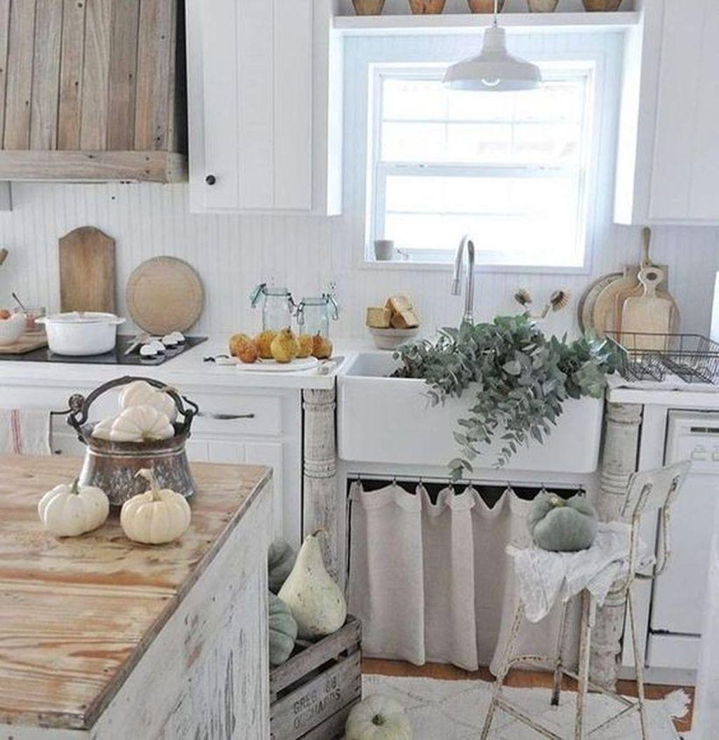 Beautiful Fall Theme Kitchen Island Decor Ideas 11