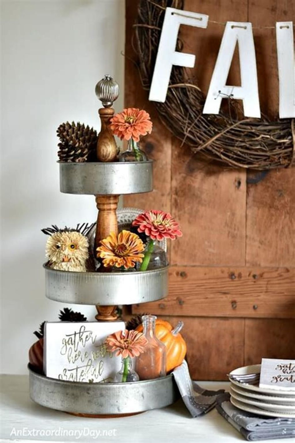 Beautiful Fall Theme Kitchen Island Decor Ideas 18