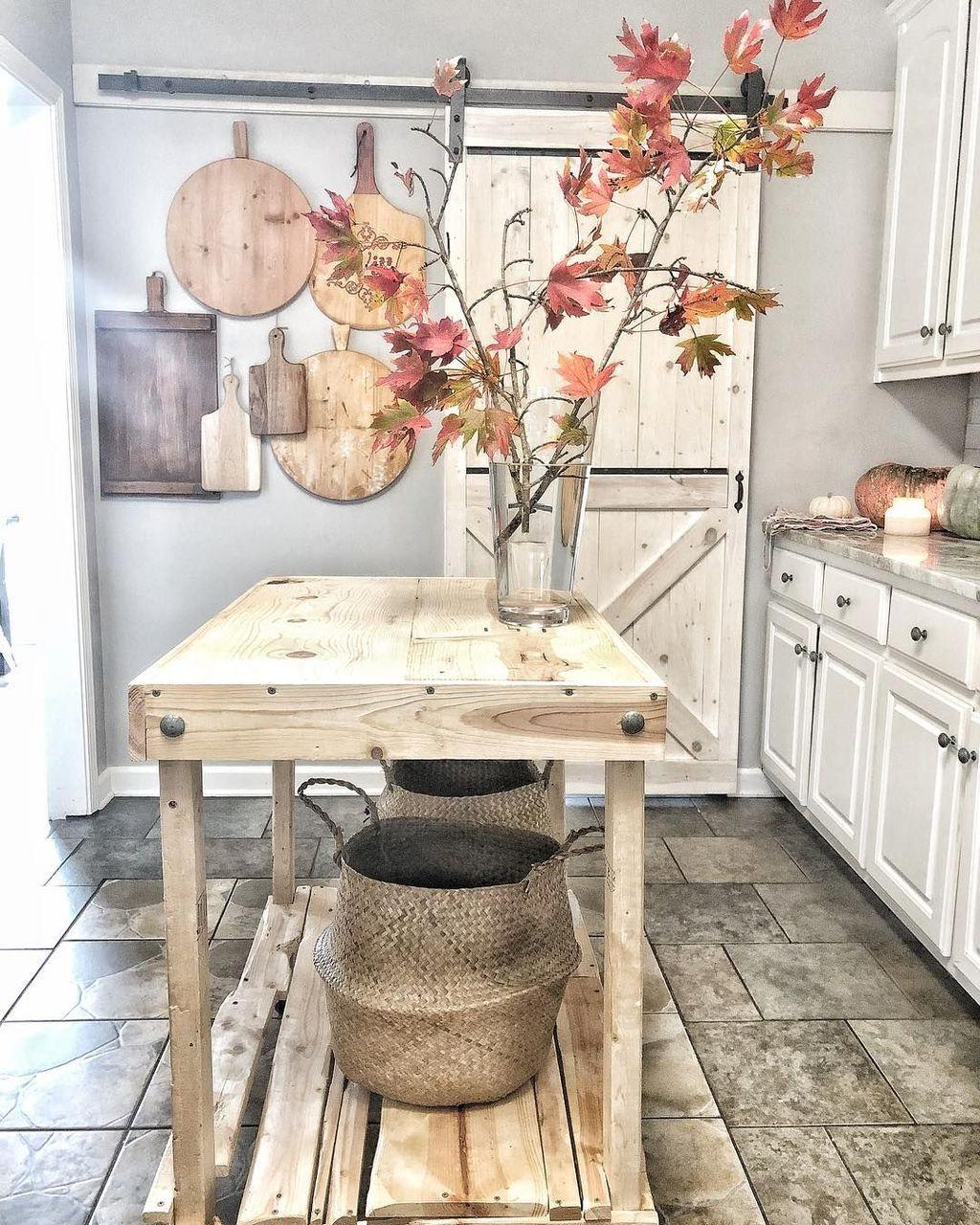 Beautiful Fall Theme Kitchen Island Decor Ideas 32