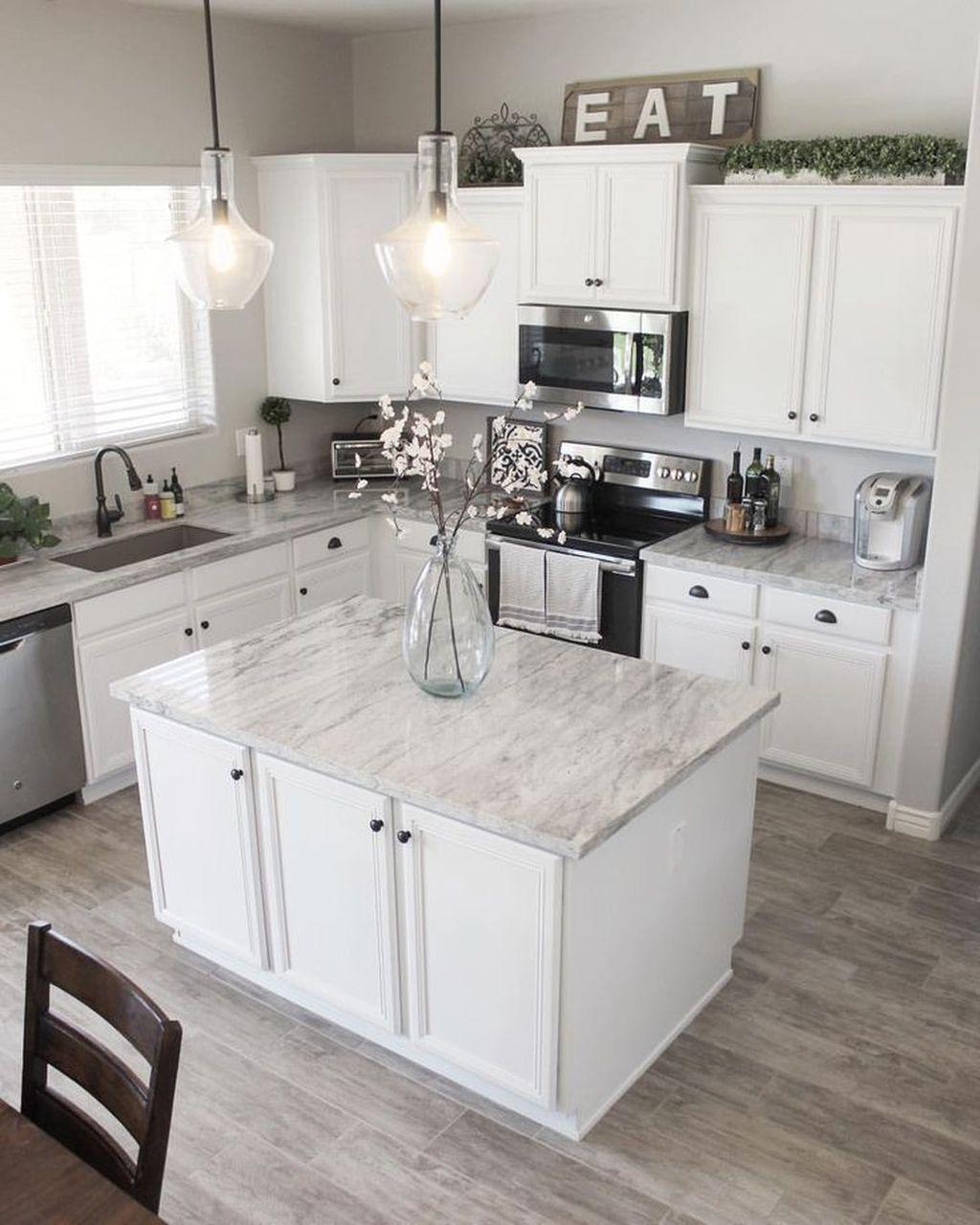 Gorgeous Kitchen Countertops Design Ideas 18