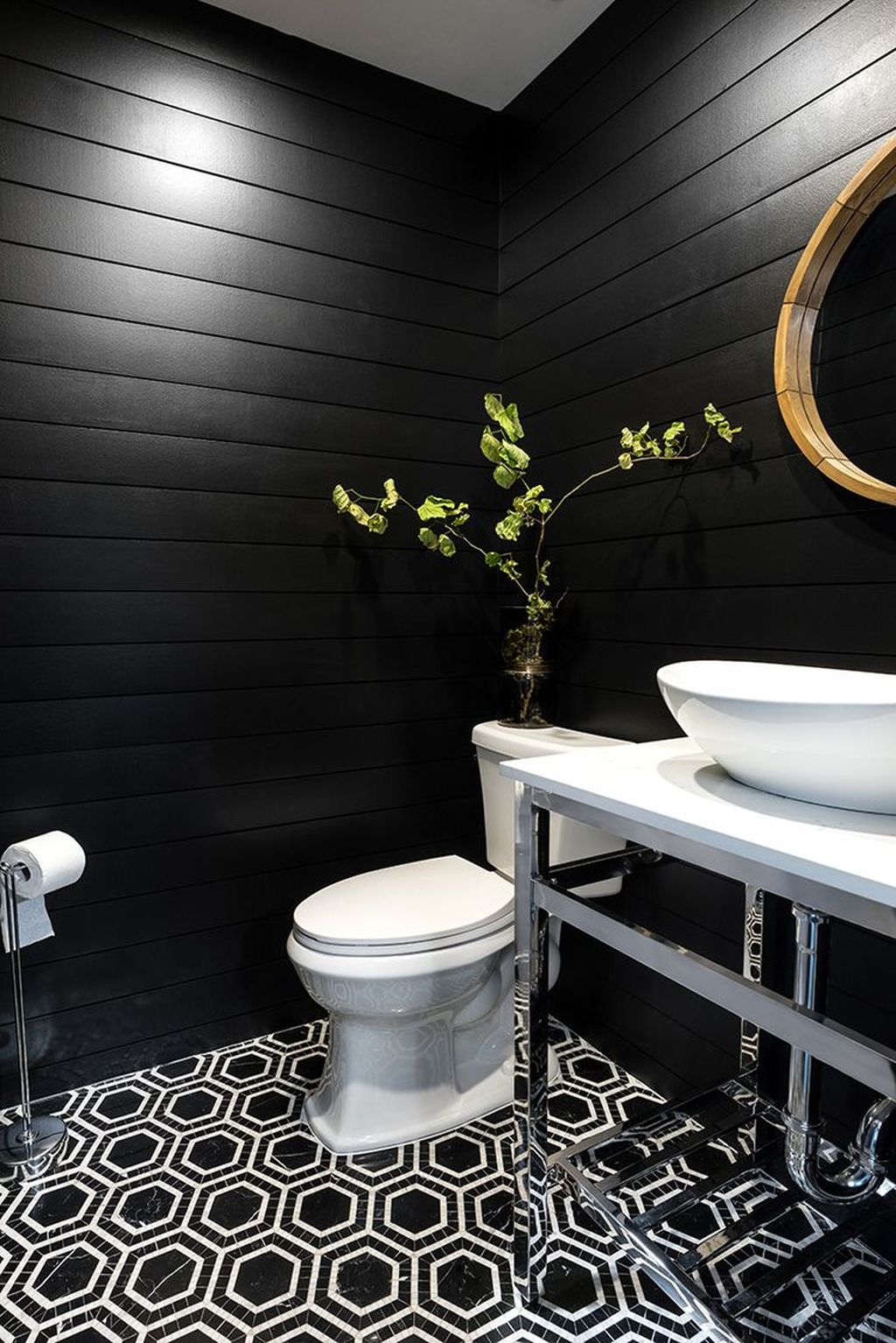 Inspiring Black Powder Room Design Ideas With Modern Style 13