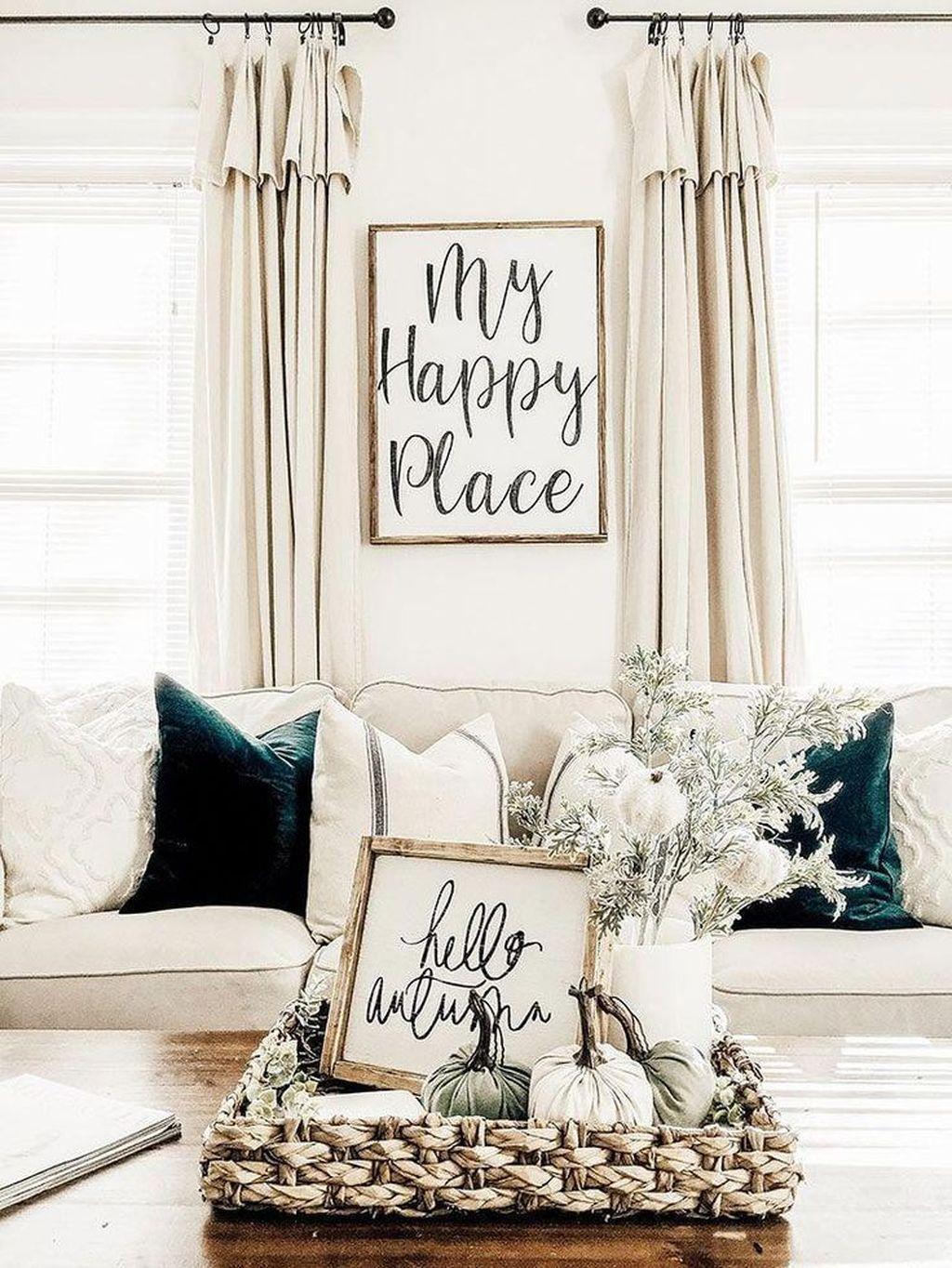 Inspiring Fall Living Room Decor Ideas On A Budget 01