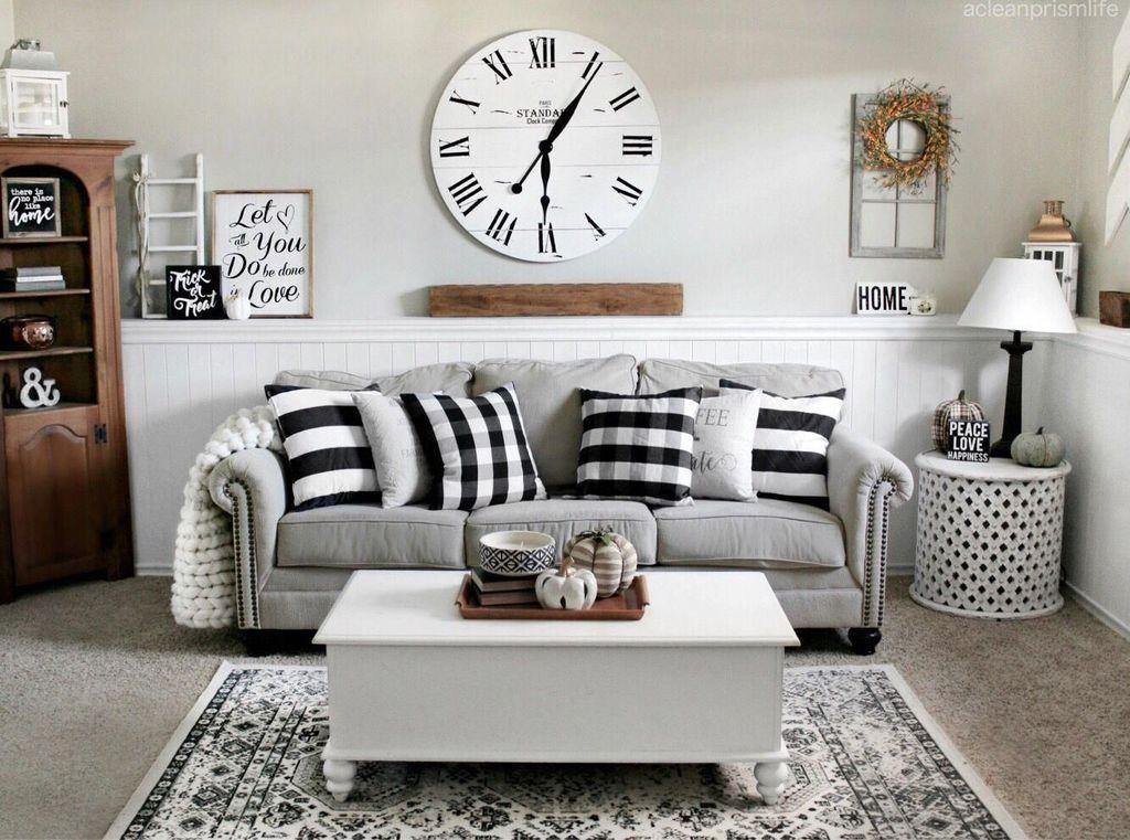 Inspiring Fall Living Room Decor Ideas On A Budget 08