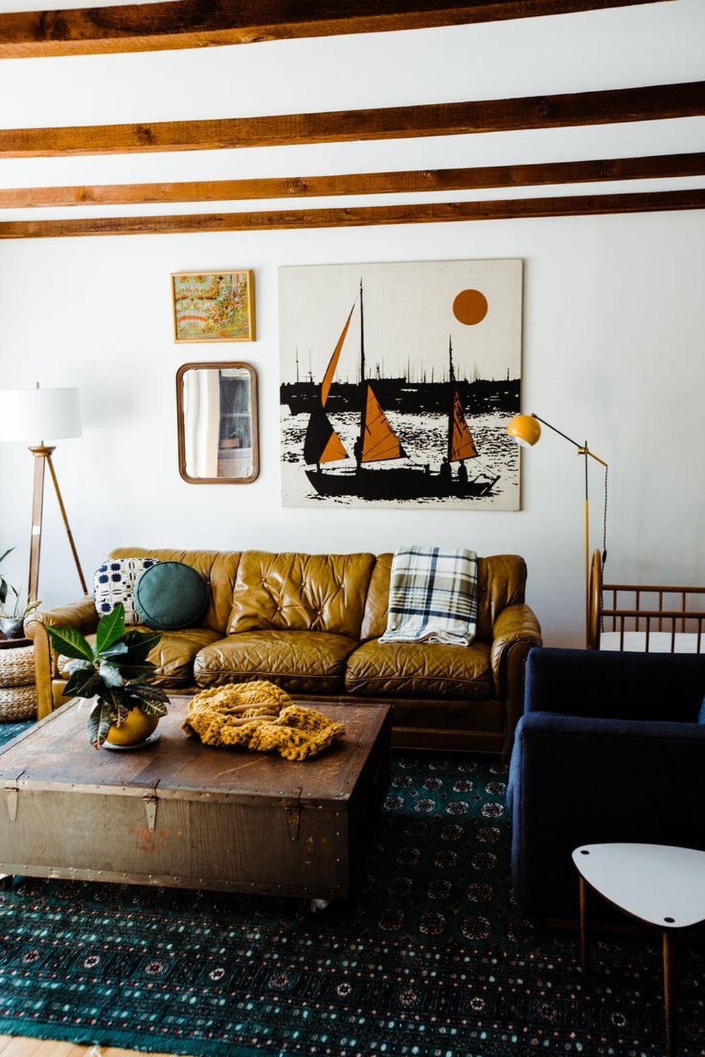 Inspiring Fall Living Room Decor Ideas On A Budget 11