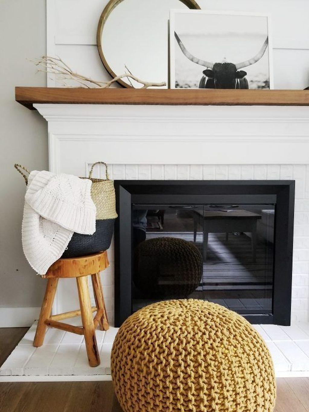 Inspiring Fall Living Room Decor Ideas On A Budget 20