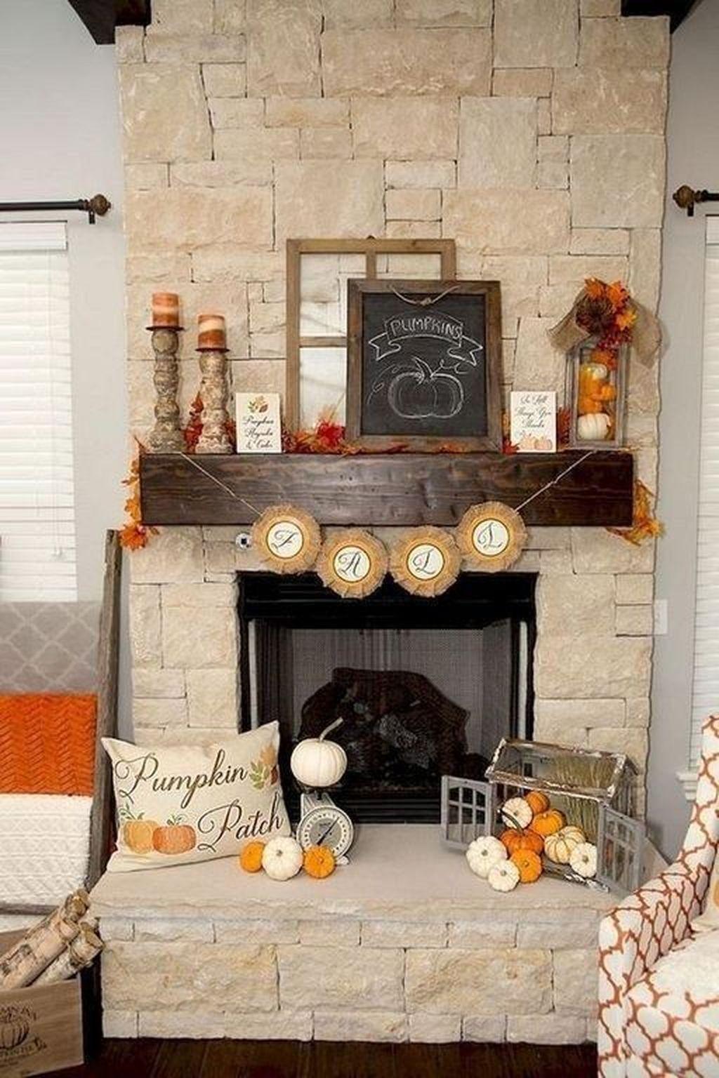 Inspiring Fall Living Room Decor Ideas On A Budget 31