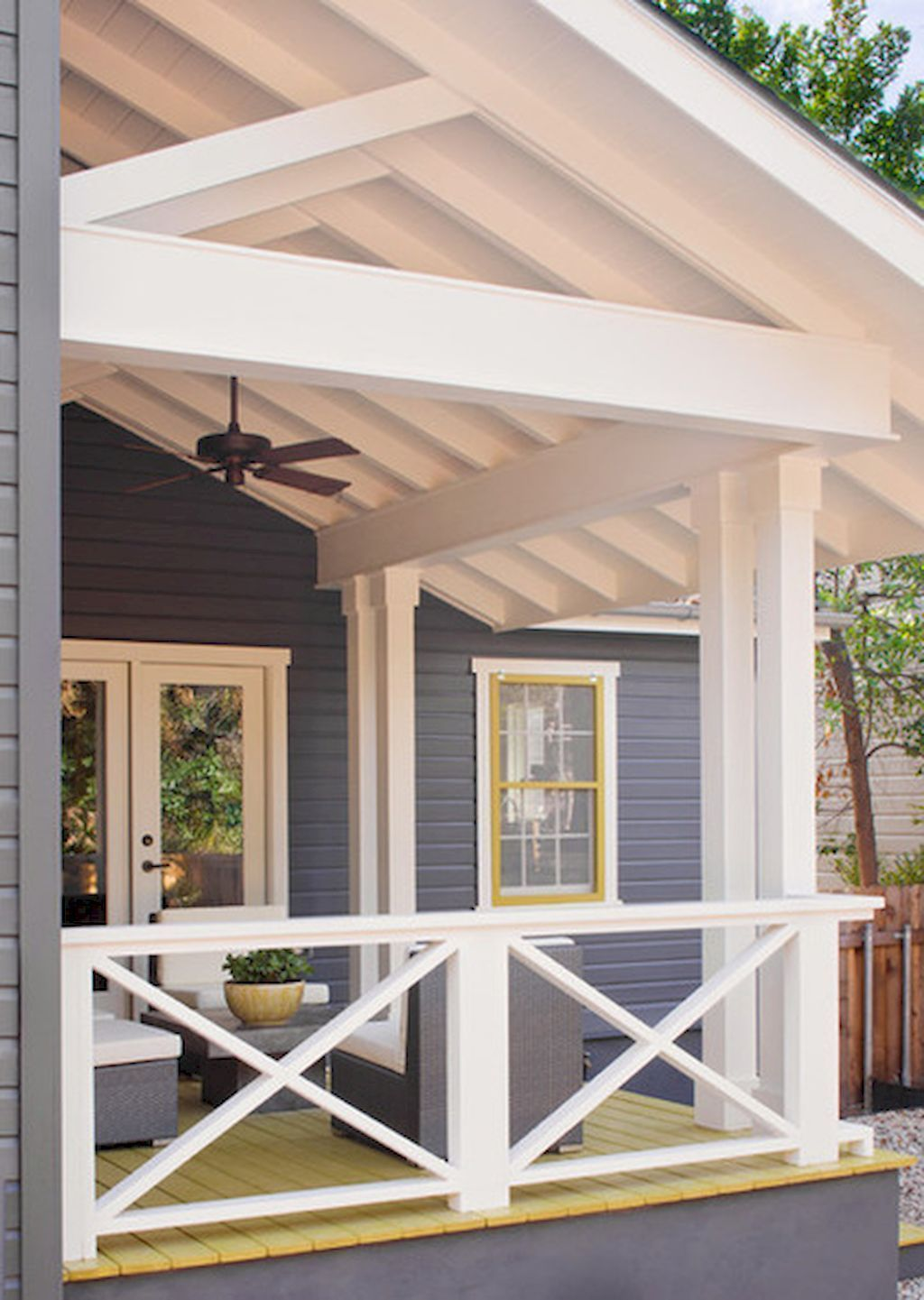 Inspiring Farmhouse Front Porch Decor Ideas 06