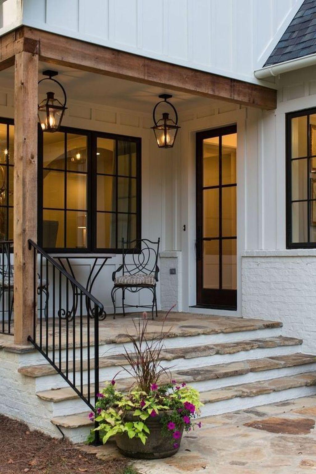Inspiring Farmhouse Front Porch Decor Ideas 29