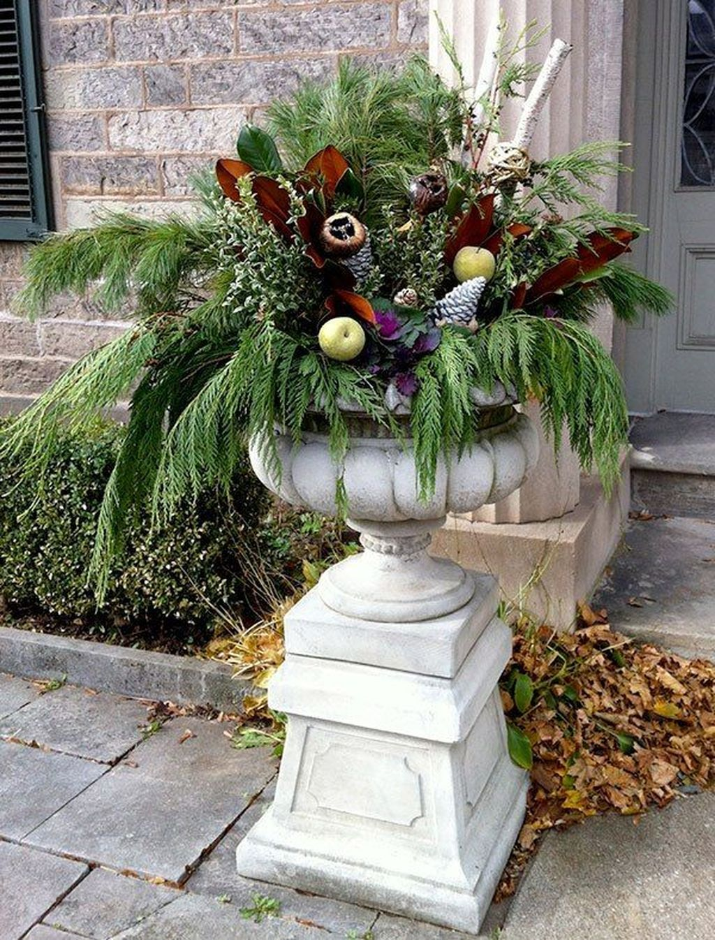 Inspiring Winter Container Gardening Ideas 06