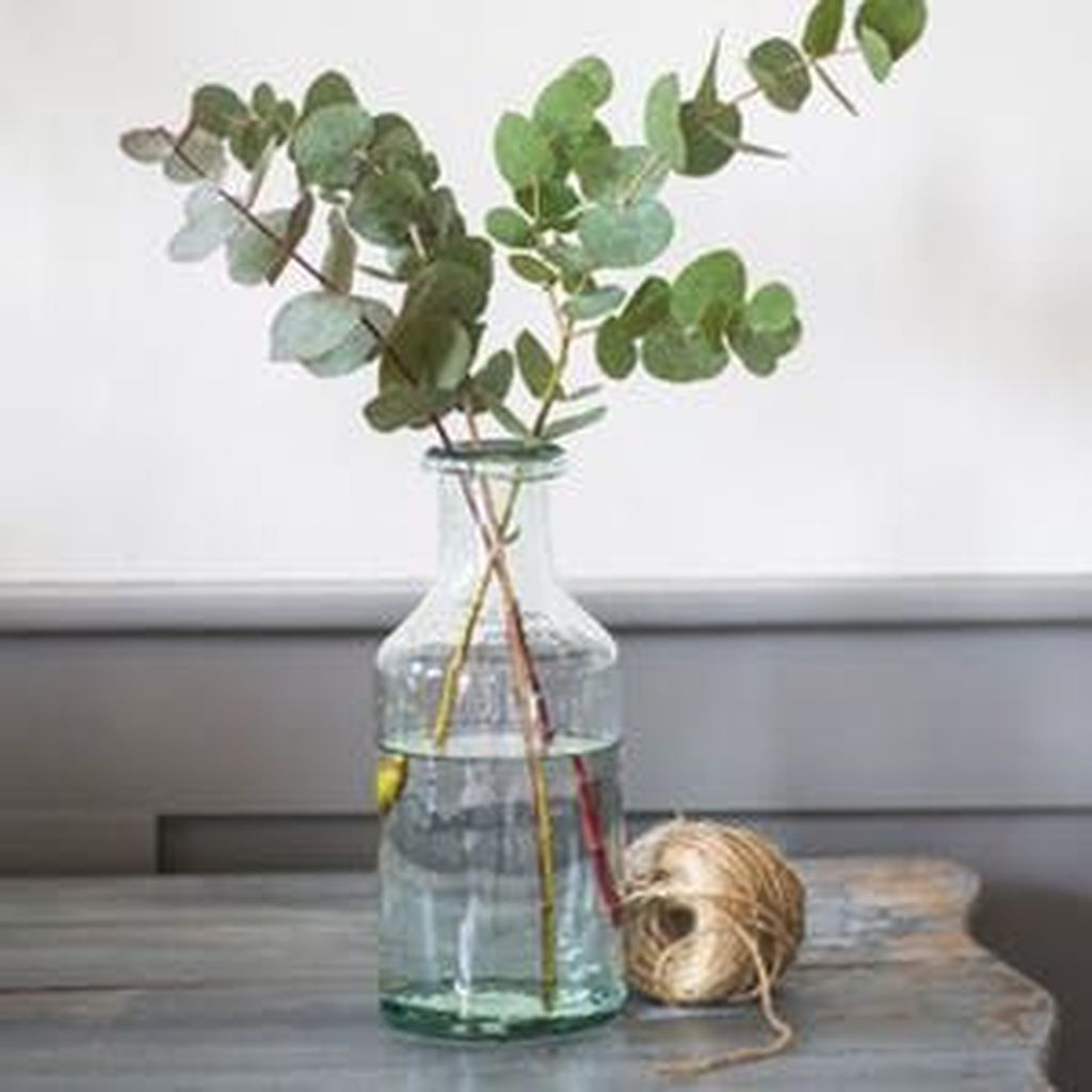 Lovely Bud Vase Centerpiece Decor Ideas For Your Dining Table 12