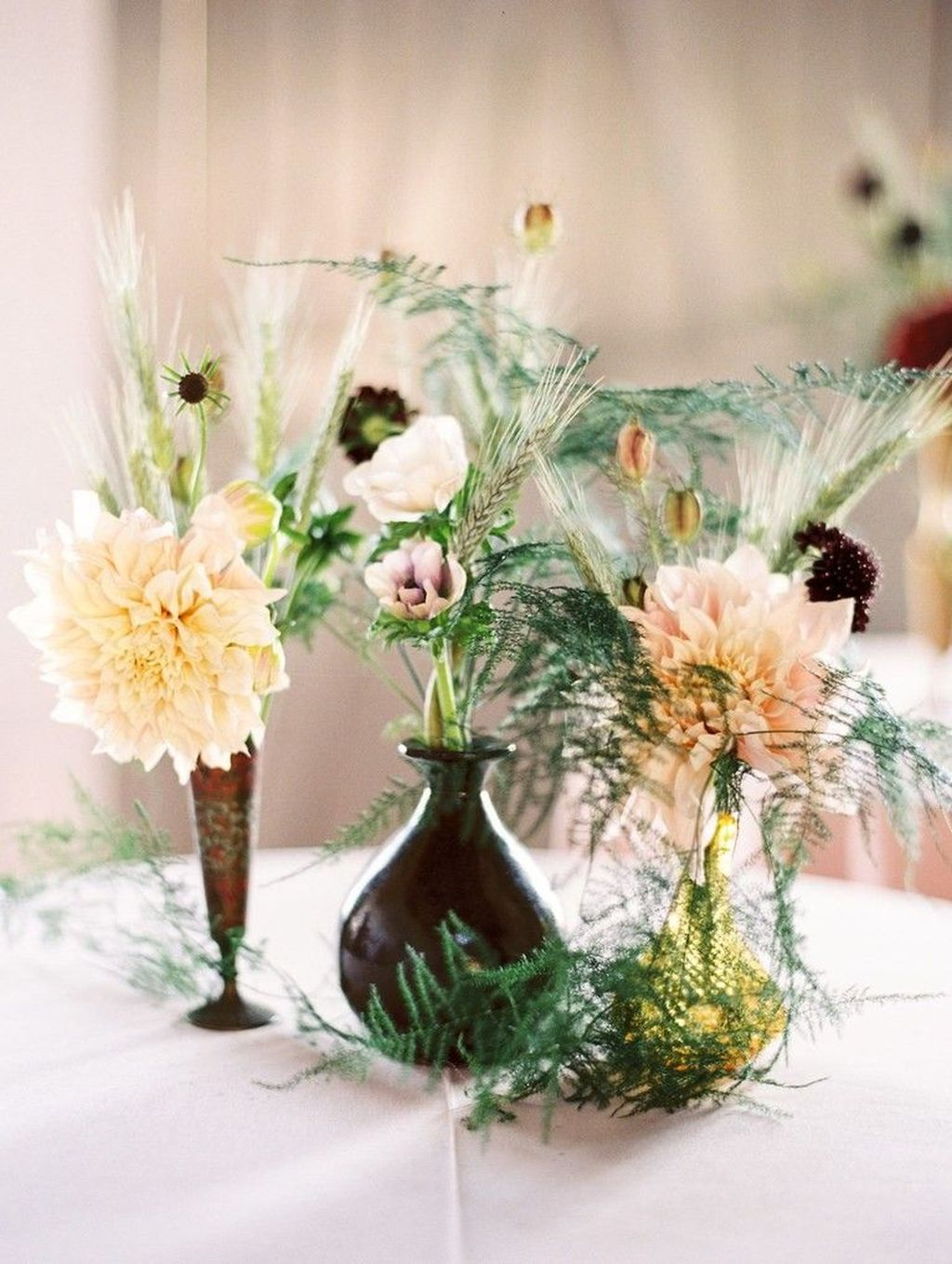 Lovely Bud Vase Centerpiece Decor Ideas For Your Dining Table 35