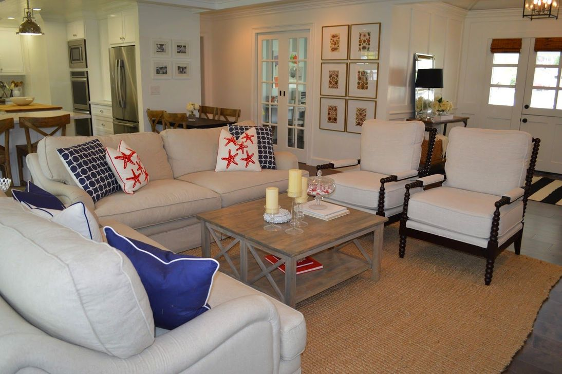 Lovely Capde Cod Living Room Design Ideas 23