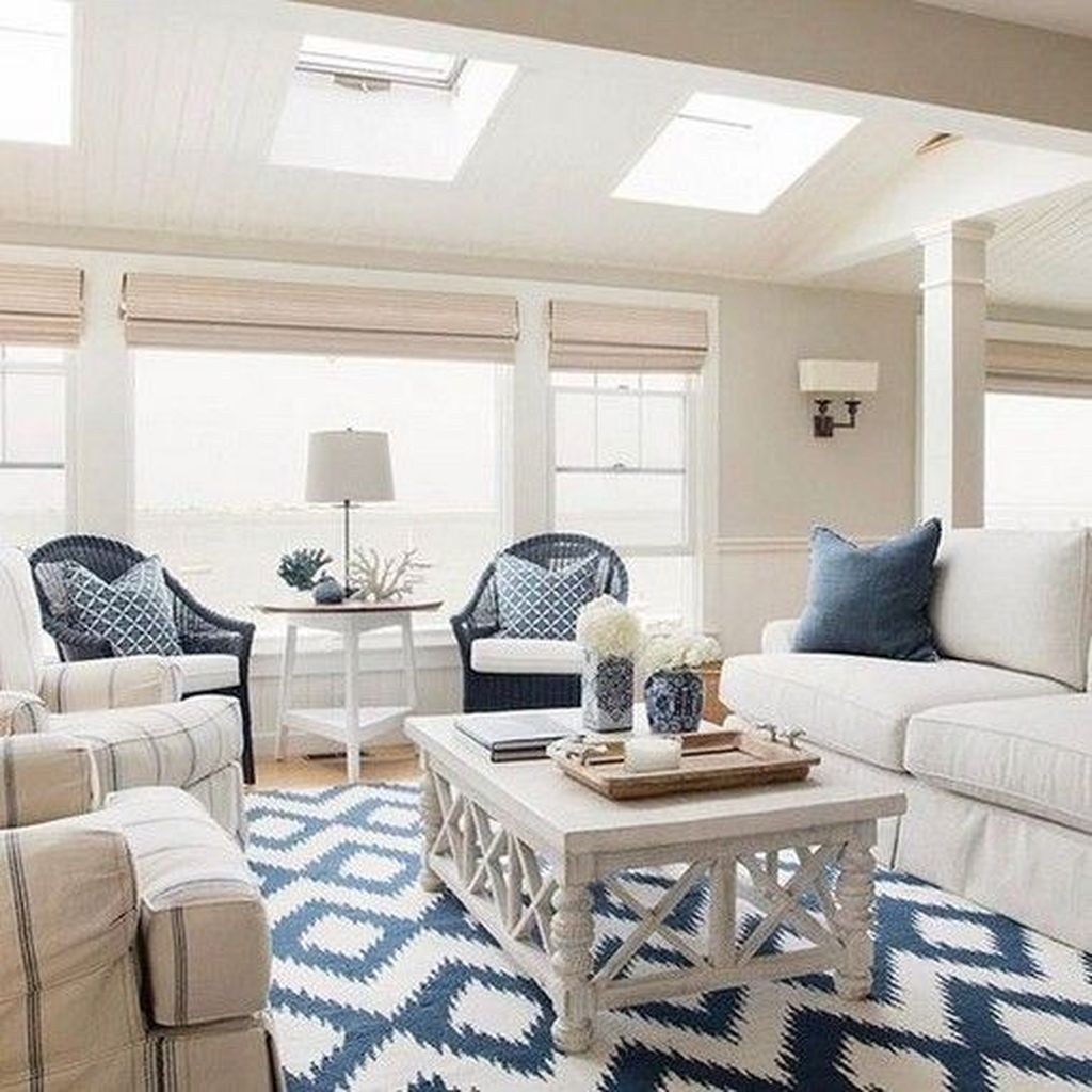 Lovely Capde Cod Living Room Design Ideas 33