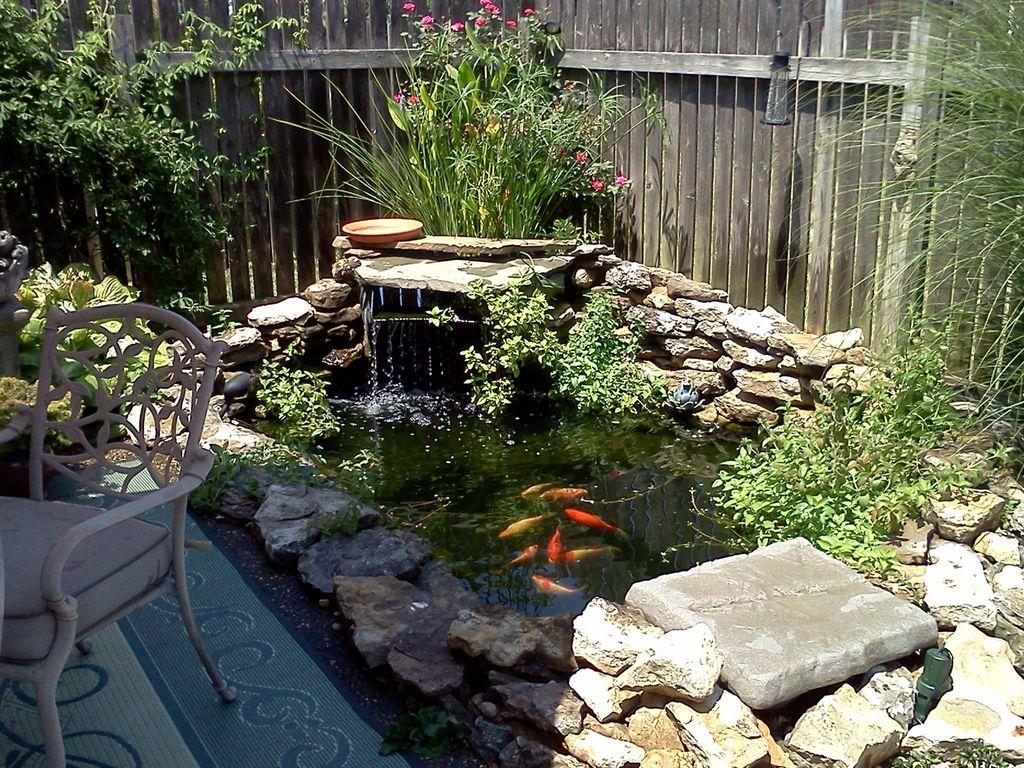 Nice Fish Ponds Backyard Decoration Ideas 24