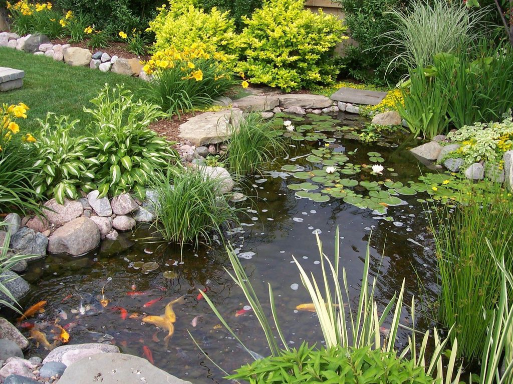 Nice Fish Ponds Backyard Decoration Ideas 29