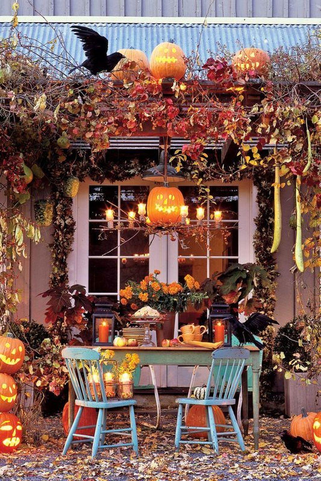 Stunning DIY Halloween Decorations Ideas 08