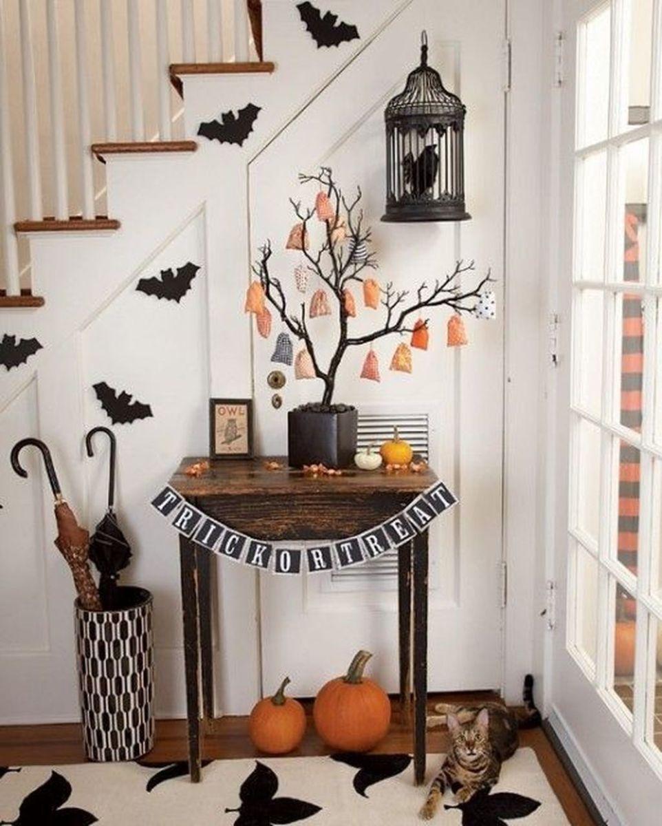 Stunning DIY Halloween Decorations Ideas 31