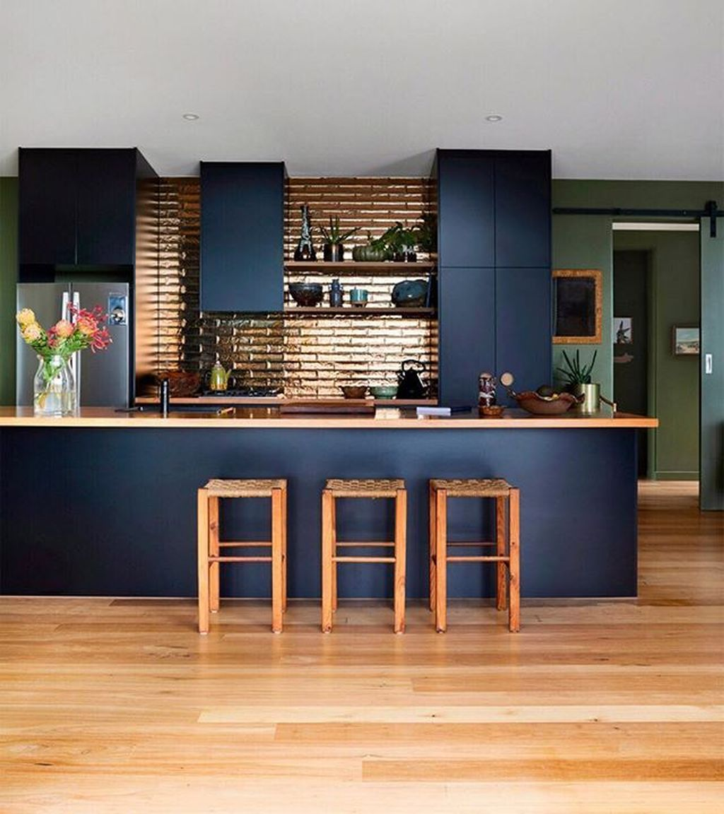 Stunning Navy Kitchen Cabinets Ideas You Have Must See 14