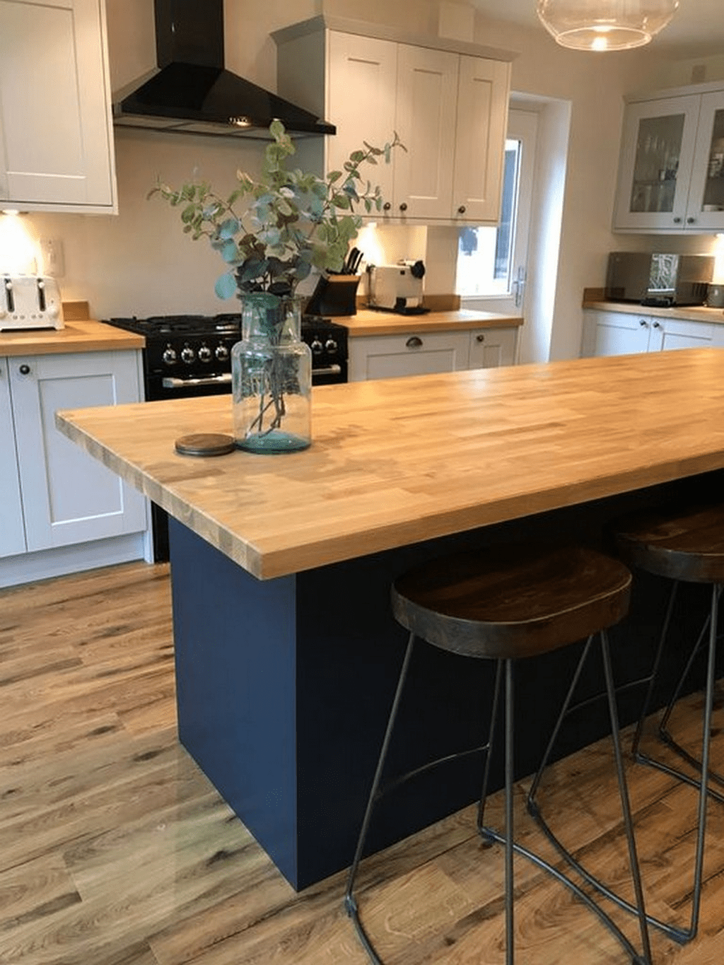 Stunning Navy Kitchen Cabinets Ideas You Have Must See 21