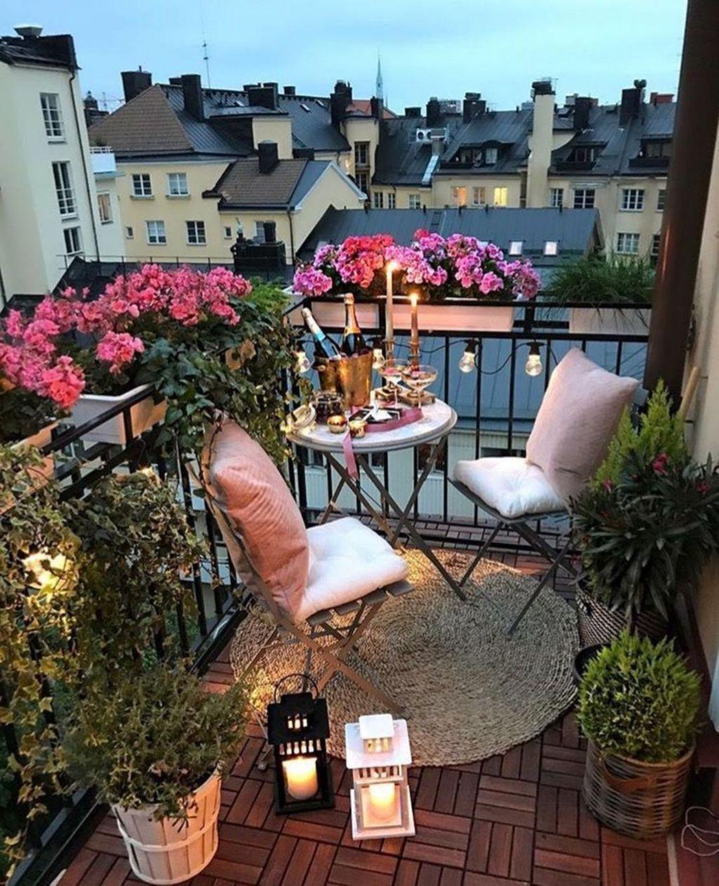 The Best Apartment Balcony Decor Ideas For Fall Season 13