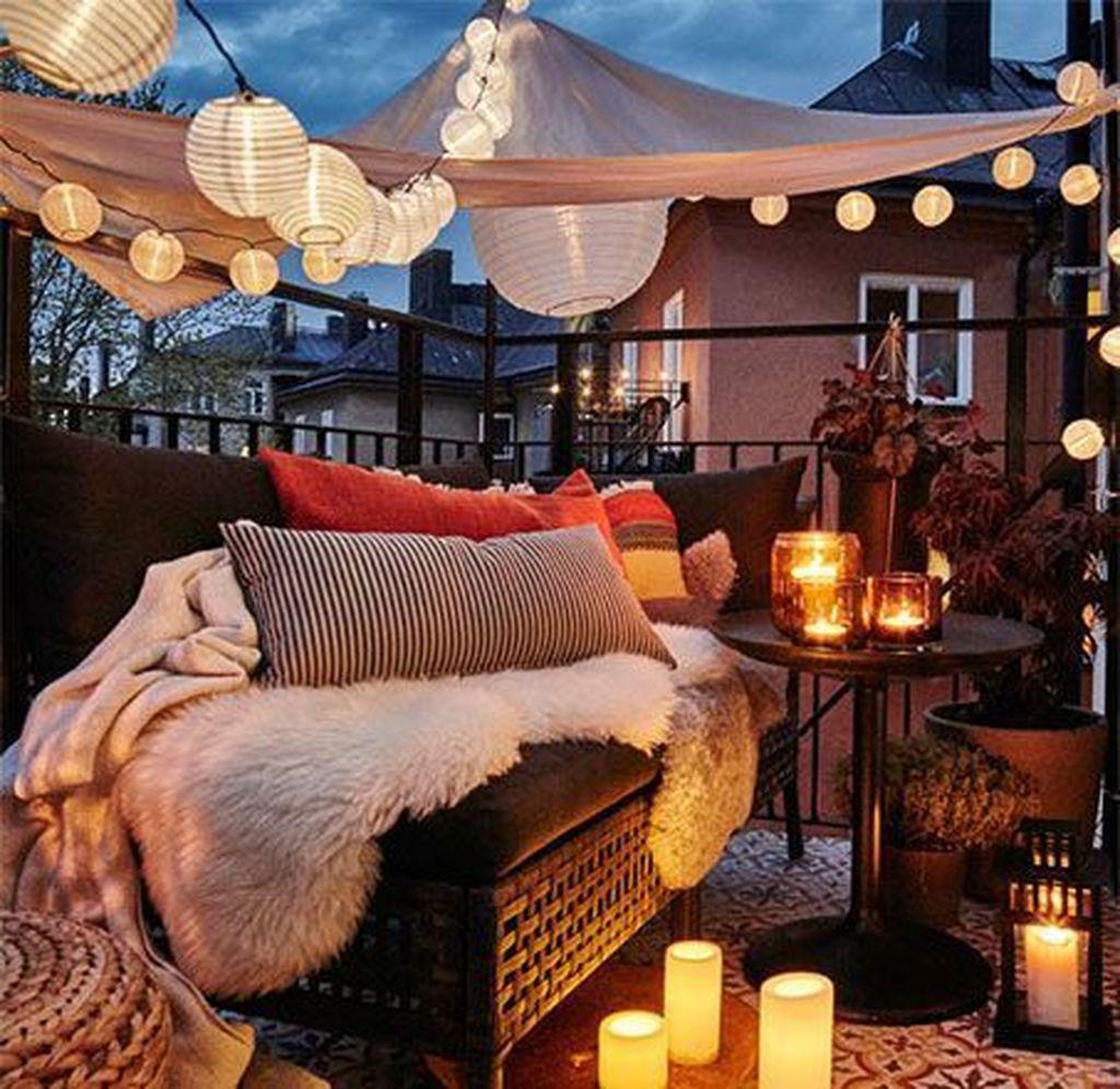The Best Apartment Balcony Decor Ideas For Fall Season 27